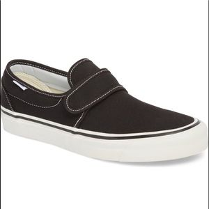 Vans Black Slipons With Velcro Strap